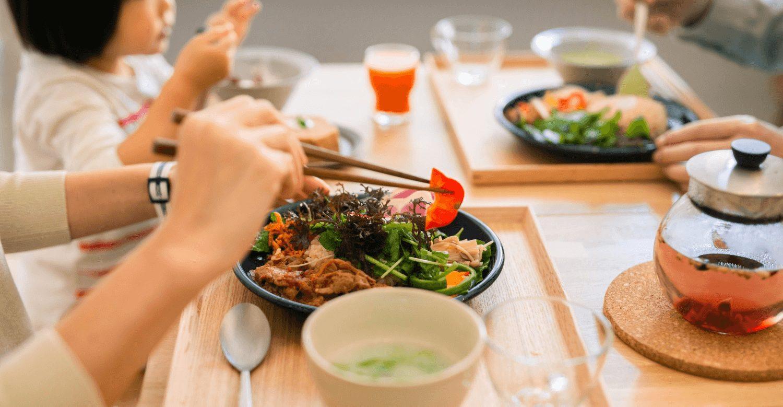 B TO GO サラダボウル・ハーブティー HEALTHY FOOD & LIFE